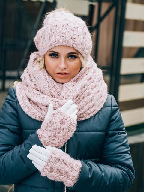 Розовый комплект с перчатками объемной вязки - 14911, фото 2 – интернет-магазин Dressa