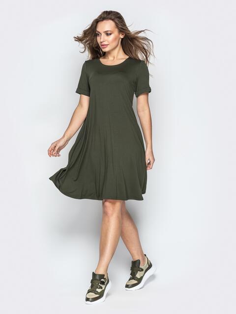 Платье-трапеция из вискозы с коротким рукавом хаки - 20764, фото 1 – интернет-магазин Dressa