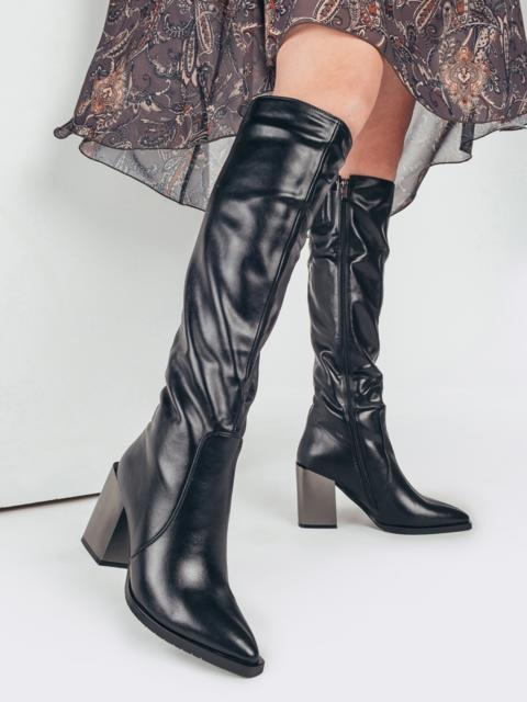 Зимние сапоги с заостренным носком черные 51729, фото 1