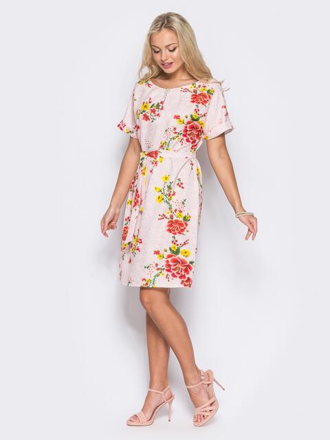 Розовое платье в цветочный принт с брошкой на горловине - 11402, фото 1 – интернет-магазин Dressa