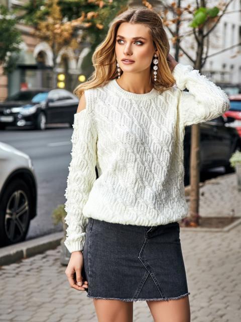 Ажурный свитер с открытыми плечами и жемчужинами белый - 41947, фото 1 – интернет-магазин Dressa