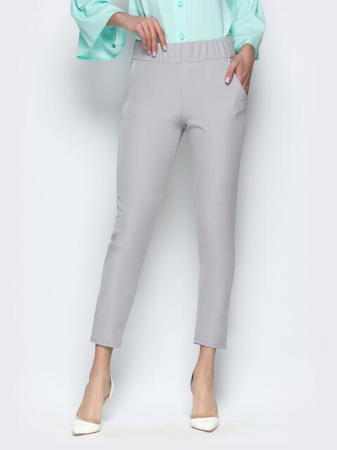 Серые укороченные брюки-дудочки с карманами - 21238, фото 1 – интернет-магазин Dressa