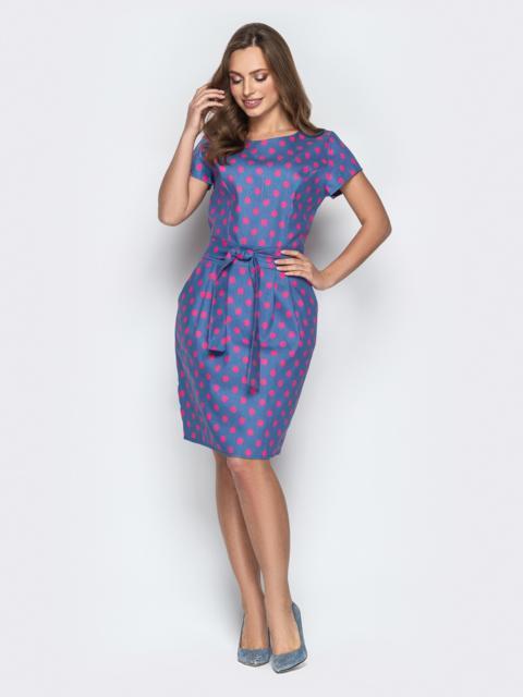 Серое платье в горох приталенного кроя с поясом - 21247, фото 1 – интернет-магазин Dressa
