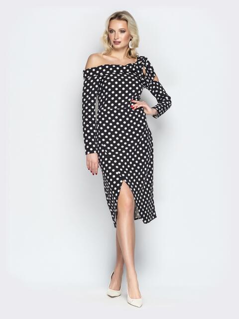 Тёмно-синее платье в горох с запахом и открытыми плечами - 20443, фото 1 – интернет-магазин Dressa