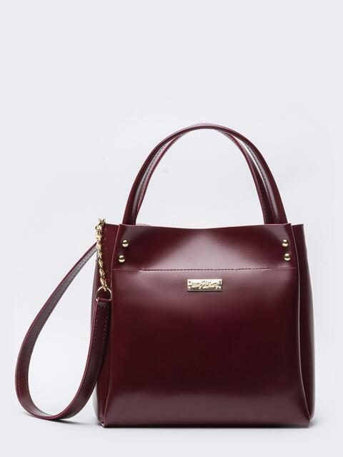 Глянцевая сумка-тоут с цепочкой на ремешке бордовая - 20552, фото 1 – интернет-магазин Dressa
