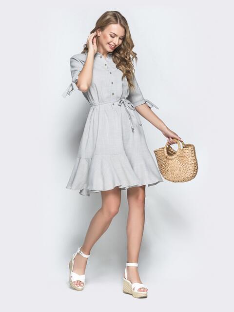 Приталенное платье из льна с оборкой по низу серое - 39554, фото 1 – интернет-магазин Dressa