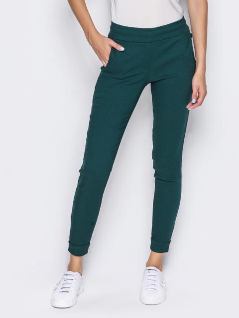 Брюки из стрейч-коттона с карманами в швах зелёные - 14408, фото 3 – интернет-магазин Dressa