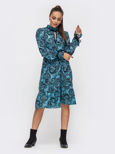 Бирюзовое платье-трапеция с принтом и воланом по низу 50686, фото 1