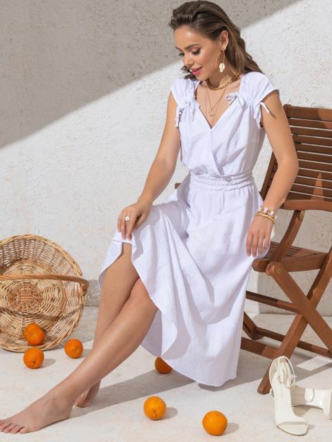 Платье белого цвета с расклешенной юбкой - 49147, фото 1 – интернет-магазин Dressa