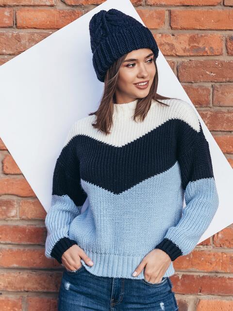Вязаный свитер oversize с голубо-синими полосами - 15977, фото 1 – интернет-магазин Dressa