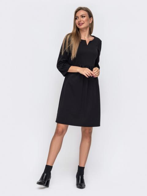 Черное платье прямого кроя с модельной кокеткой 50820, фото 1