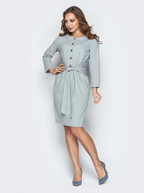 Трикотажное платье со вшитым поясом и пуговицами серое - 20803, фото 1 – интернет-магазин Dressa