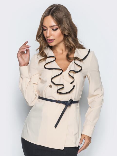 Блузка с контрастной отделкой по оборке на горловине бежевая - 13278, фото 1 – интернет-магазин Dressa