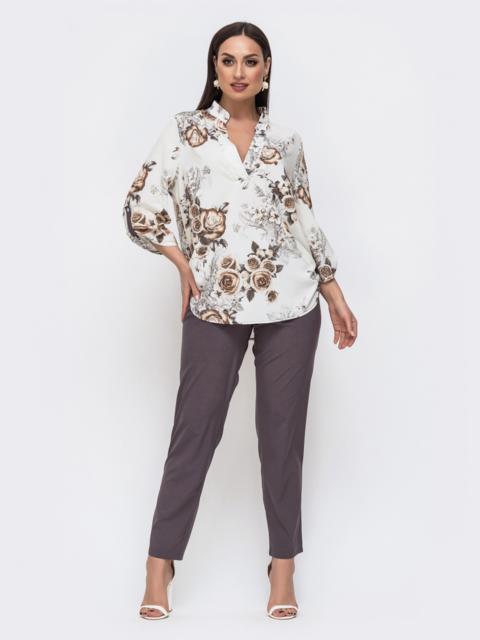 Брючный комплект батал с принтованной блузкой серый 46257, фото 1