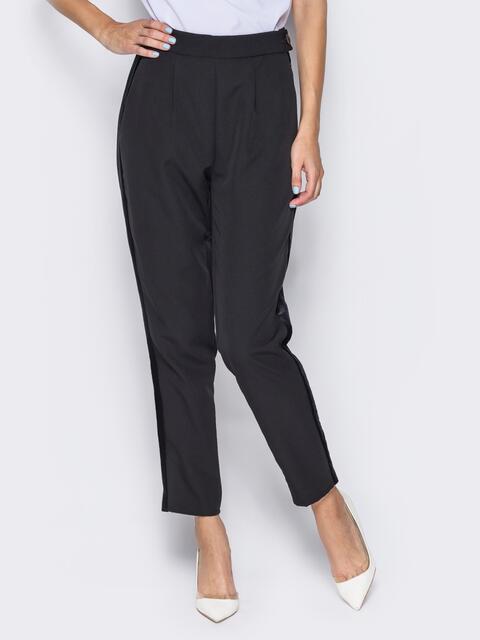 Черные брюки с велюровыми лампасами - 13208, фото 2 – интернет-магазин Dressa