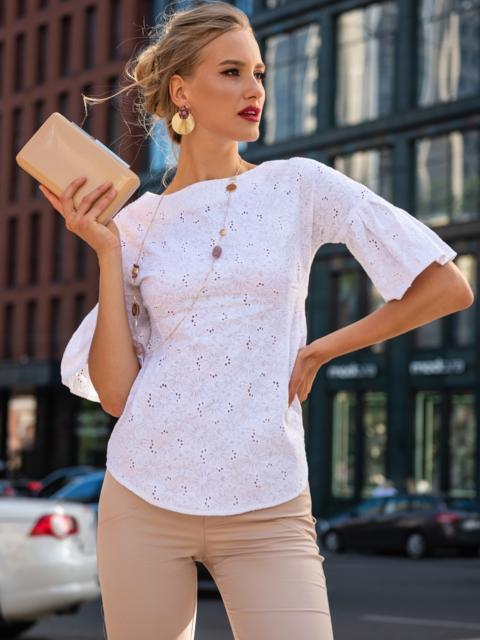 Приталенная блузка из прошвы белого цвета 49508, фото 1