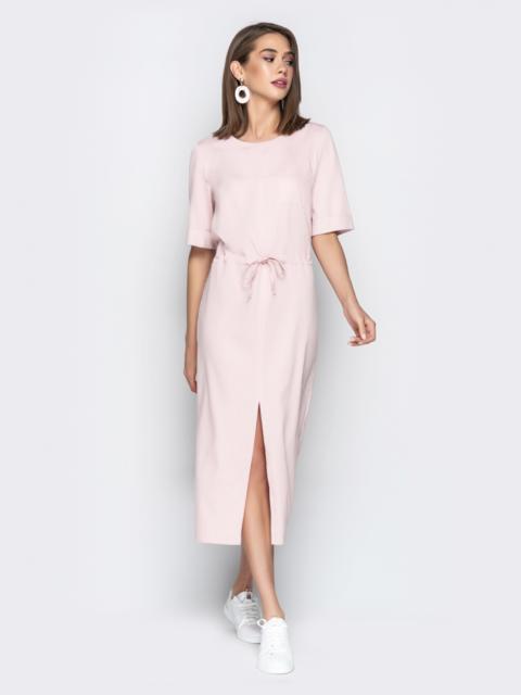 Пудровое платье из джинса свободного кроя с кулиской по талии - 20983, фото 1 – интернет-магазин Dressa