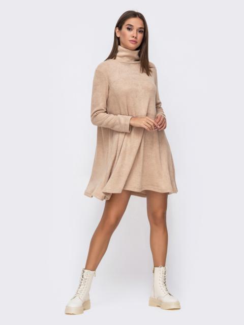 Стильное ангоровое платье оверсайз