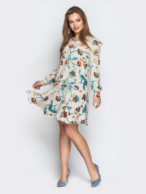 Принтованное платье с воланом по низу бежевое - 21108, фото 1 – интернет-магазин Dressa