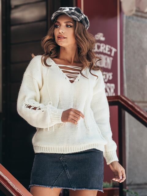 Белый джемпер со шнуровкой на полочке и на рукавах - 16056, фото 2 – интернет-магазин Dressa