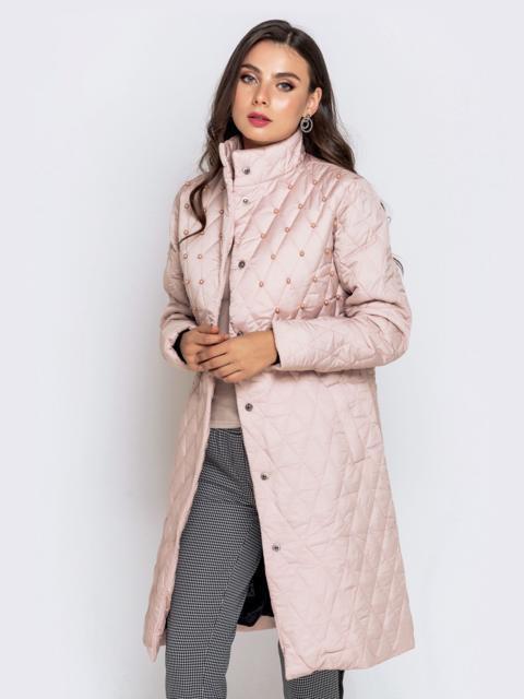 Демисезонная куртка на кнопках с бусинами пудровая - 40417, фото 1 – интернет-магазин Dressa