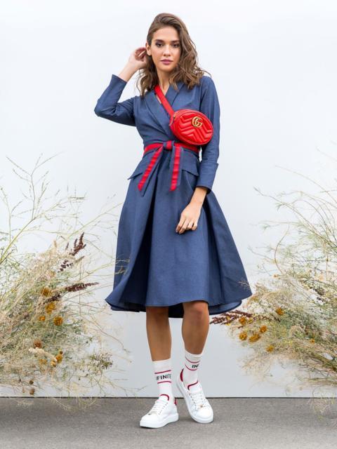 Приталенное платье с расклешенной юбкой синее - 40209, фото 1 – интернет-магазин Dressa