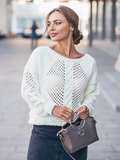 Белый вязаный джемпер с перфорацией на полочке - 17039, фото 1 – интернет-магазин Dressa