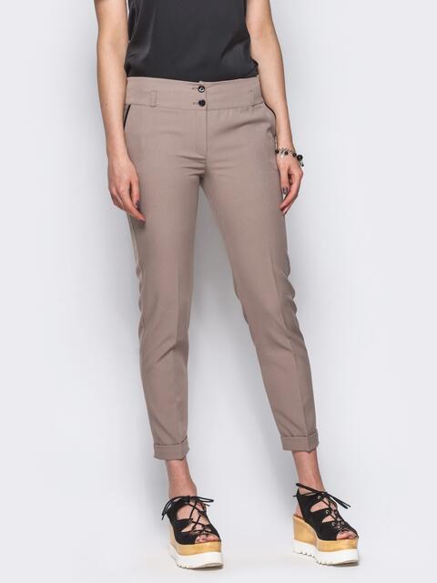 Бежевые брюки с кожаной отделкой на карманах 10326, фото 1