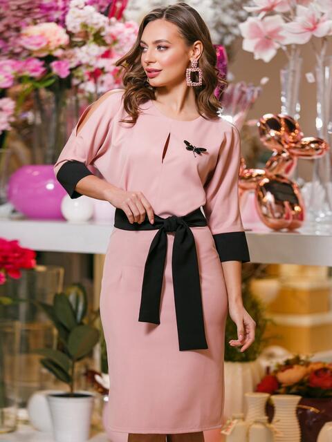 Розовое платье с цельнокроеным верхом и съёмной брошью - 19888, фото 1 – интернет-магазин Dressa