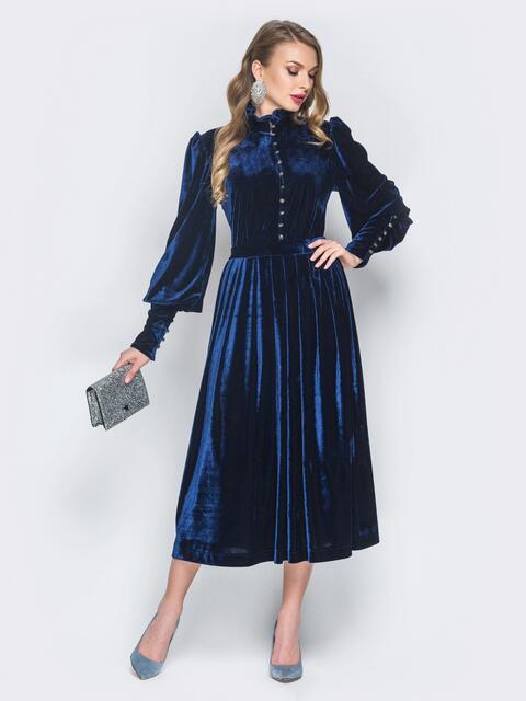 Тёмно-синее велюровое платье с расклешенной юбкой - 18846, фото 1 – интернет-магазин Dressa