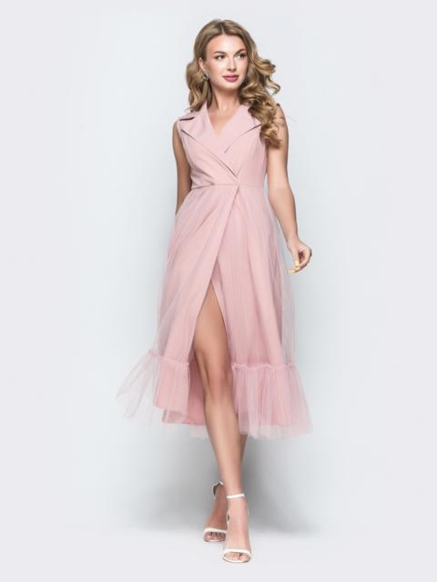 Пудровое платье с завышенной талией и лацканами - 38473, фото 1 – интернет-магазин Dressa
