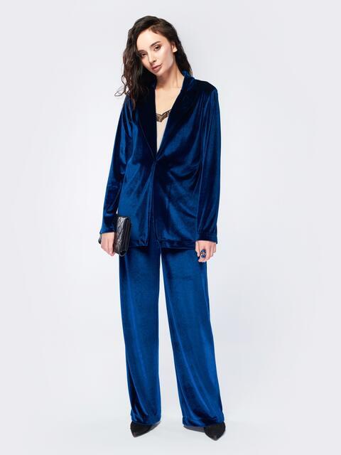 Удлиненный пиджак синего цвета из велюра - 17507, фото 1 – интернет-магазин Dressa