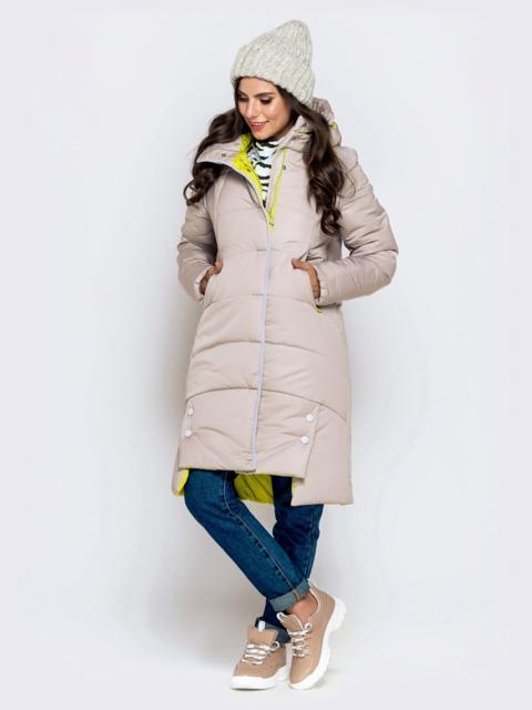 Зимняя куртка бежевого цвета с капюшоном на кулиске - 40141, фото 1 – интернет-магазин Dressa