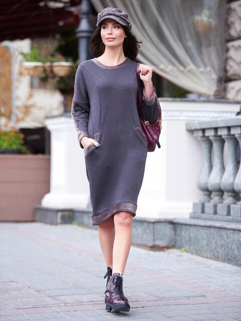 Теплое платье коричневого цвета с удлиненной спинкой - 17280, фото 1 – интернет-магазин Dressa