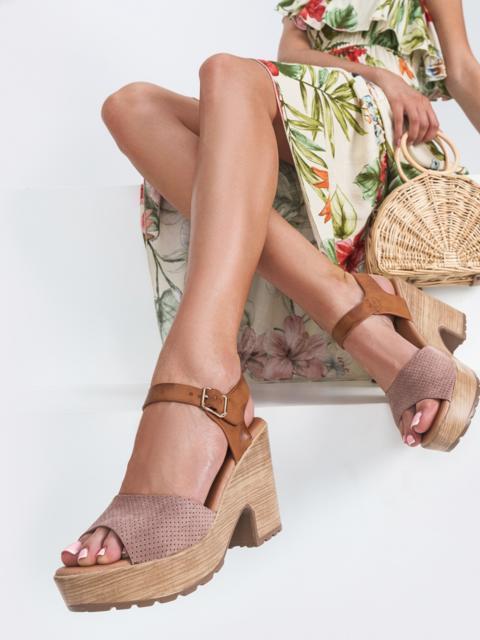Босоножки из текстиля с перфорацией розовые - 45965, фото 1 – интернет-магазин Dressa