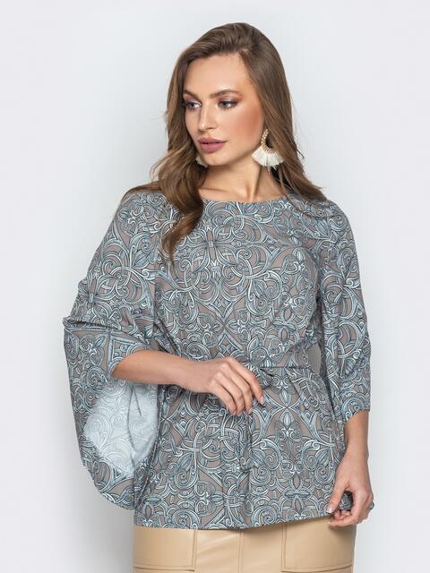 Принтованная блузка с рукавом-колокол и поясом серая - 20505, фото 1 – интернет-магазин Dressa