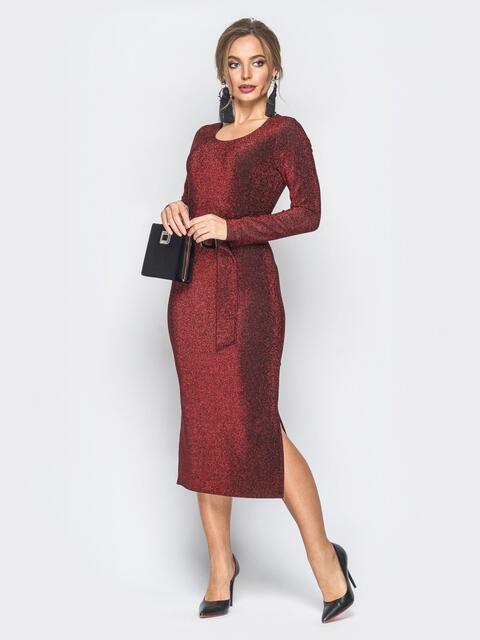 Платье бордового цвета из люрекса с поясом в комплекте - 18334, фото 1 – интернет-магазин Dressa