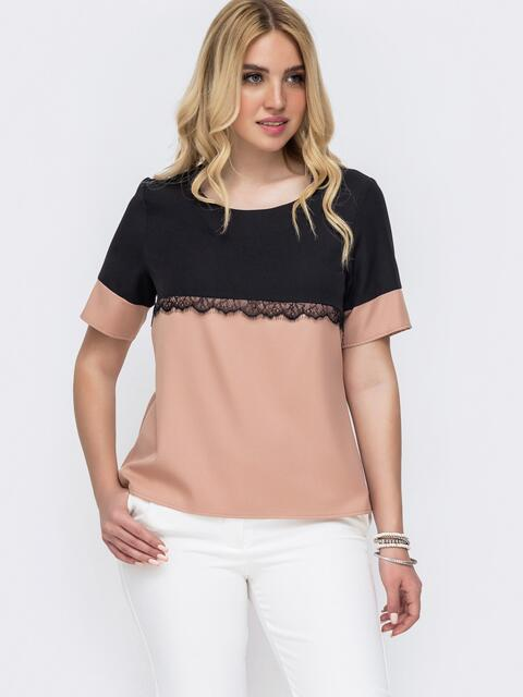 Пудровая блузка батал прямого кроя с контрастной кокеткой 49224, фото 1
