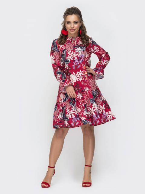 Расклешенное платье с воланом в цветочный принт красное 46966, фото 1