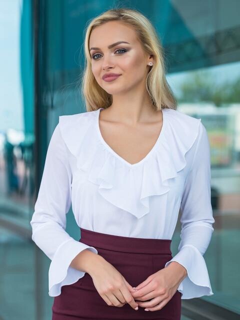 Блузка с оборкой по горловине и рукавах - 13243, фото 1 – интернет-магазин Dressa
