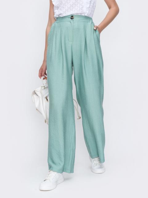 Широкие брюки из жатого льна с высокой посадкой мятные - 49573, фото 1 – интернет-магазин Dressa
