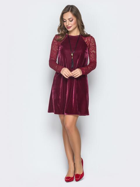 Велюровое бордовое платье с ажурными рукавами - 18601, фото 1 – интернет-магазин Dressa