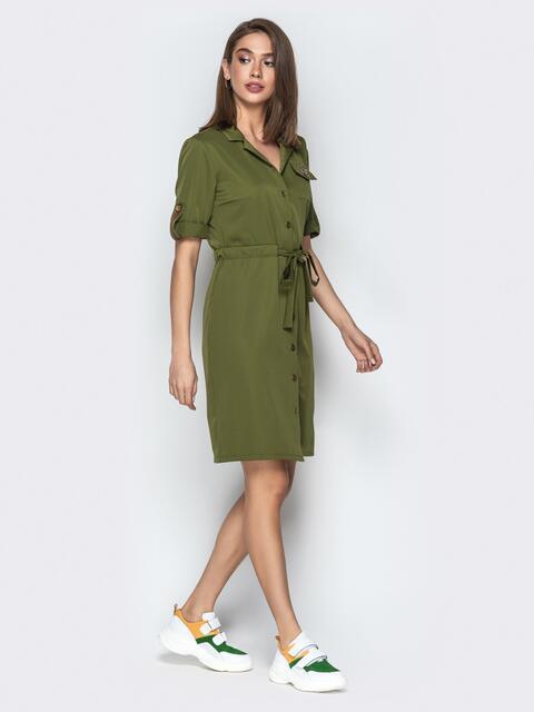 Платье-рубашка с поясом на кулиске и брошью хаки - 20358, фото 1 – интернет-магазин Dressa