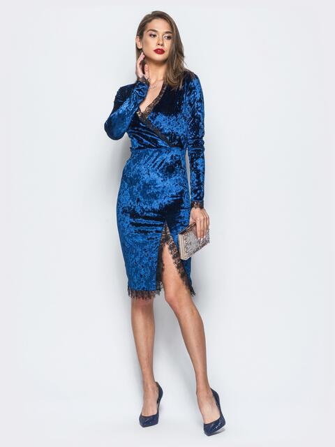 Велюровое платье тёмно-синего цвета с кружевной отделкой - 17862, фото 1 – интернет-магазин Dressa