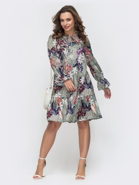 Расклешенное платье с воланом в цветочный принт зеленое 46967, фото 1