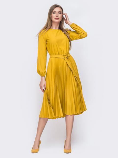 Желтое платье с плиссированной юбкой  48024, фото 1