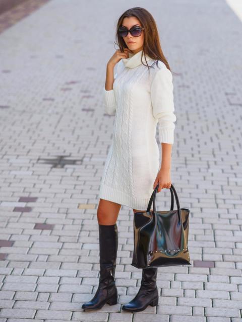 Вязаное платье с воротником-хомут белое - 13164, фото 1 – интернет-магазин Dressa