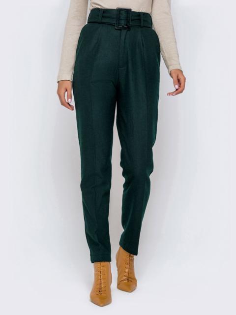 Зеленые брюки-каррот с широким поясом - 40978, фото 1 – интернет-магазин Dressa