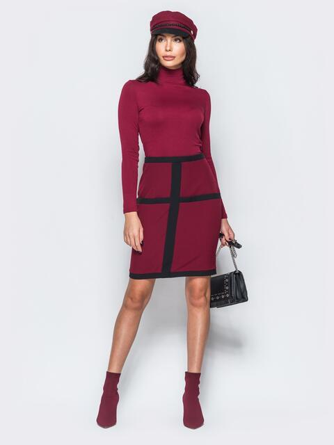 Платье-гольф бордового цвета с потайной молнией - 17550, фото 1 – интернет-магазин Dressa