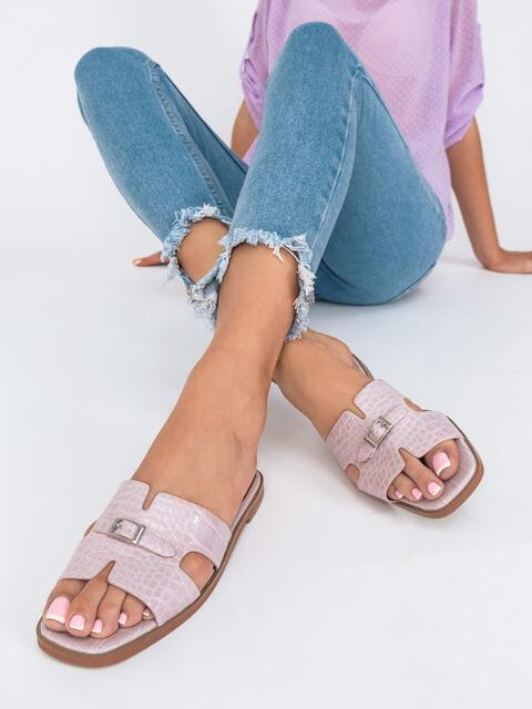 Шлепанцы пудрового цвета на плоской подошве  - 49755, фото 1 – интернет-магазин Dressa